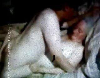 La mère russe de grand-mère et son fils! un amateur! porno gratuit chaud