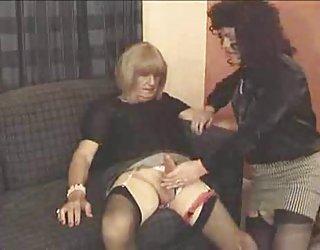 Deux travestis sucent les uns les autres film video porno gratuit