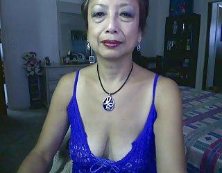 Une femme asiatique de la partie 17 whorevideos